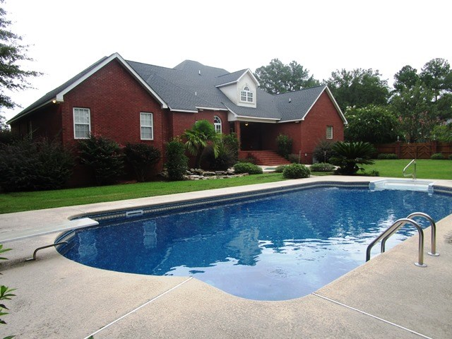 Rear View In-Ground Pool